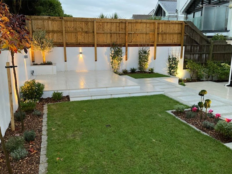 patio with lawn min